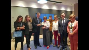 ADIS recibe 47.630 euros de La Caixa para varios proyectos