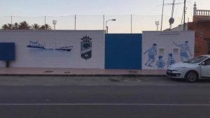 Callosa renueva la imagen de la fachada del campo de fútbol municipal