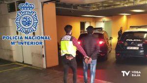 Detenidos por utilizar empresas de la Vega Baja para la venta de contratos laborales fraudulentos