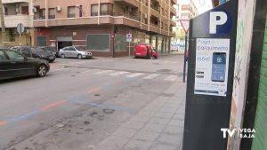 Orihuela libera cerca de 200 plazas de zona naranja, pero se mantiene el pago de la zona azul
