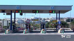 El peaje de la AP7 a su paso por la comarca sigue activo y con incremento de tarifa