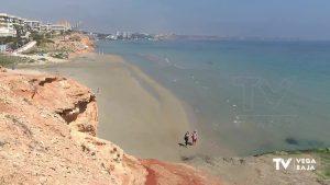Los ayuntamientos esperan poder reabrir las playas y permitir el baño a finales de junio