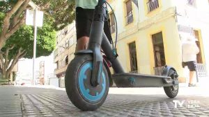 Almoradí aumenta el control de la circulación de los vehículos de movilidad personal
