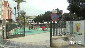 Bigastro reabre sus parques infantiles