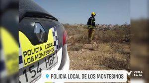 Un incendio en terreno forestal de Los Montesinos moviliza siete unidades de bomberos y policía