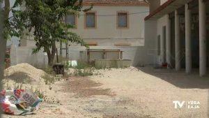 Los usuarios de la residencia Oriol, realojados temporalmente en una vivienda particular de costa