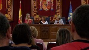 Conselleras de la Generalitat visitan poblaciones de la comarca y la zona cero de la riada