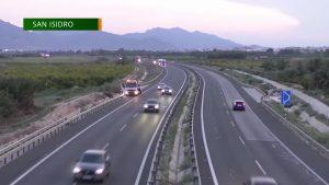 Un accidente de tráfico múltiple entre San Isidro y Albatera deja cinco heridos