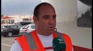 Cruz Roja ofrece una caravana con duchas para personas sin hogar en Orihuela