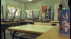 Tres colegios de Almoradí hacen huelga para denunciar graves deficiencias en sus infraestructuras