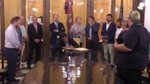 Carlos Mazón expone en Orihuela que el agua es prioritaria para su nuevo equipo de gobierno