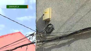 Los vecinos de Arneva incomunicados sin conexión a internet y sin teléfono fijo