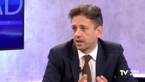 PPCV pide a Ximo Puig que cese al comisionado del hospital de Torrevieja, a un paso del banquillo