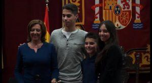 La popular María Gómez es nombrada alcaldesa de Almoradí tras una moción de censura