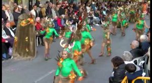 Cerca de 40 comparsas participarán en el desfile-concurso del Carnaval de Torrevieja