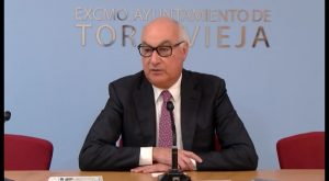 El concejal torrevejense Domingo Soler critica la propuesta del Consell para ubicar la planta en Guardamar