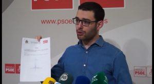 El PSOE denuncia que las arcas municipales se hagan cargo de la multas de los coches oficiales