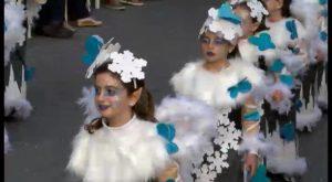 Torrevieja se llena de fiesta y color este domingo con el desfile-concurso del Carnaval 2017