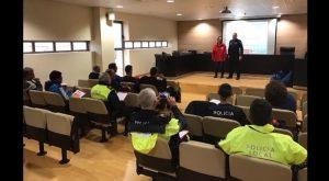 La Policía Local de Dolores recibe formación para atender paradas cardiacas