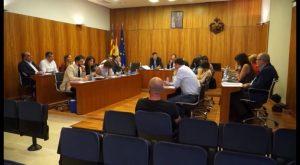 El PSOE se queda solo en el pleno de Orihuela defendiendo la instauración de los bautizos civiles