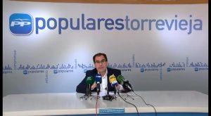 Albaladejo exige a las formaciones políticas que defiendan la lengua materna castellana en Torreviejs