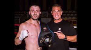 El almoradidense Igor Kharlashevsky, cinturón de campeón de Europa de Kick Boxing