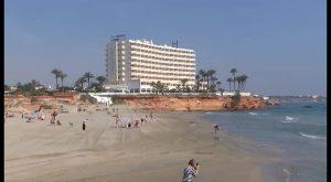 Las empresas turísticas de Orihuela Costa rechazan la tasa turística