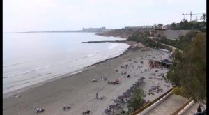 La concejalía de Playas invierte 240.000€ en la reparación de los taludes del litoral oriolano