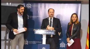 Orihuela cierra el convenio del AVE con Adif que se elevará a pleno la próxima semana