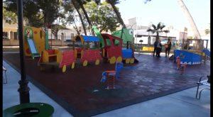 Jacarilla presume de nuevo parque infantil