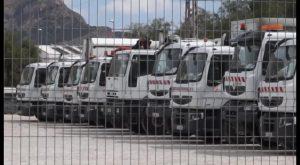 Orihuela adquiere dos vehículos para el transporte de trabajadores de RSU hasta la costa