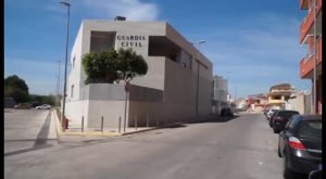 La Guardia Civil detiene en Benejúzar a un hombre por estafar 5.000 euros en entradas para espectáculos