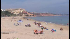 La JGL aprueba los inicios de expediente para los contratos de limpieza de playa en temporada alta