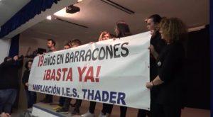 El IES Thader se encierra para reivindicar la adhesión del Ayuntamiento a Edificant