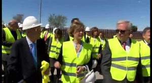 Tejerina anuncia que se invertirán 45 millones de E para triplicar la producción de la desaladora