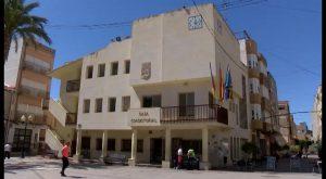 Albatera adjudica el servicio de limpieza de edificios públicos por un millón de euros