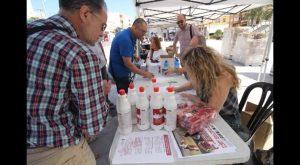 Guardamar repartirá 4000 huesos con bolsas y botellas gel limpiador para las cacas de perro