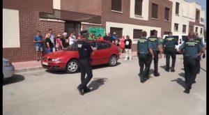 Stop Desahucios paraliza el desahucio de una mujer y sus dos hijos menores en San Isidro