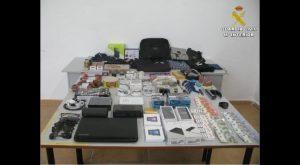 La GC detiene en Torrevieja a un grupo criminal que en una semana cometió cerca de 20 delitos