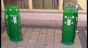 El Ayuntamiento de Cox instala aparcabicicletas que funcionan con una APP