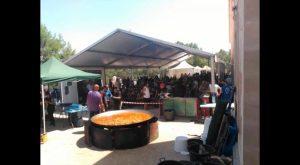 Algorfa recoge 200 kilos de alimentos no perecederos para Cruz Roja en su segunda Motoacampada