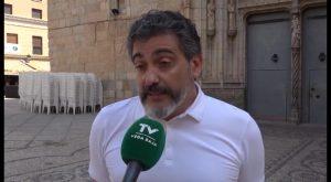 La Plataforma en Defensa de la Cruz reclama las multas de hasta 750€ impuestas por el Ayuntamiento