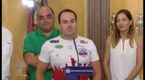 Orihuela reconoce la hazaña de Juan José Caselles tras superar el reto Mil+1: Orihuela-Manhattan