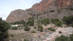 Rescatan a dos menores atrapados en la sierra de Redován
