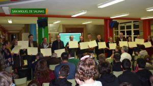 Homenajean a 17 docentes jubilados de San Miguel de Salinas