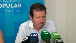 """Císcar: """"El Gobierno no regala nada a los regantes de la provincia de Alicante"""""""