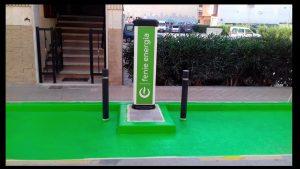 Rafal instala un punto de recarga para vehículos eléctricos