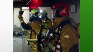 Una mujer sufre quemaduras en los dedos de una mano al producirse un incendio en su cocina