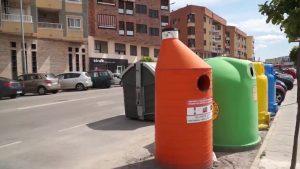 Vega Baja Sostenible presenta un plan para el fomento del reciclaje y la separación de residuos
