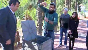 Escolares oriolanos aprenden a hacer compost